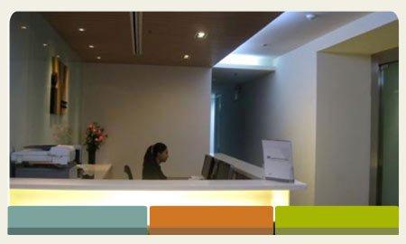 new-life-thailand-receptionist-image-bangkok-thailand